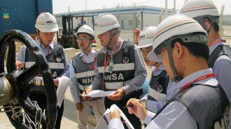 福島第一原子力発電所事故後の安全性改善状況などを審査するため、福建省の福清原子力発電所を訪れたIRRSチーム©中国NNSA